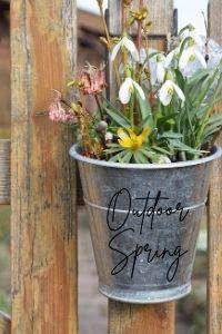 spring decor outdoor